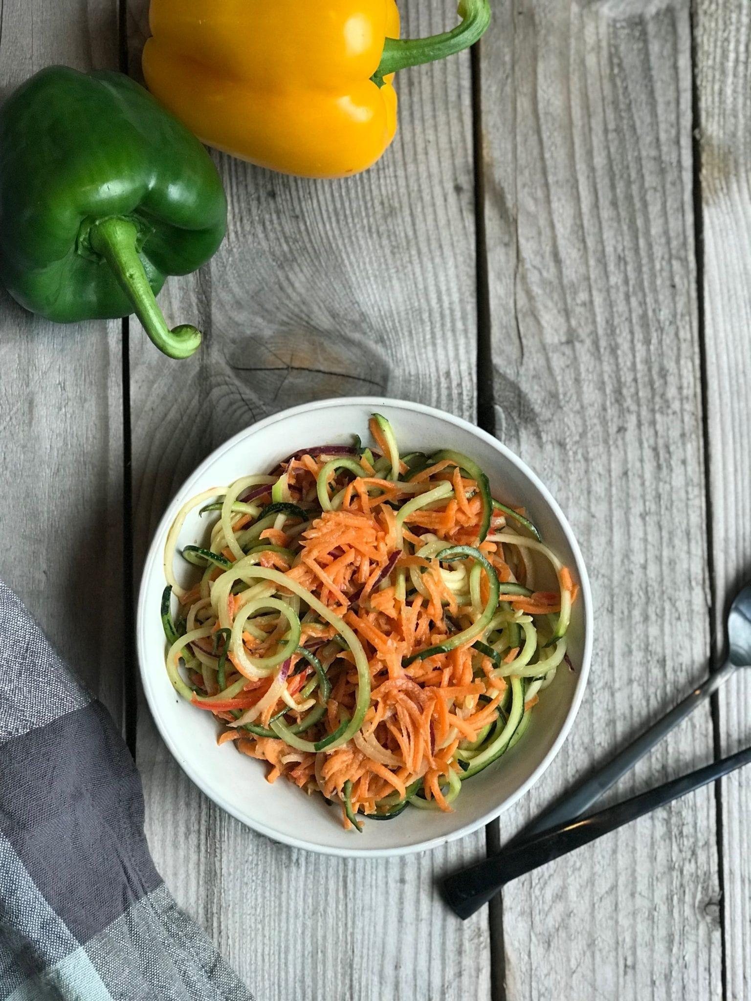 FullSizeRender 2 kopi Spiralizer salat med peanut dressing