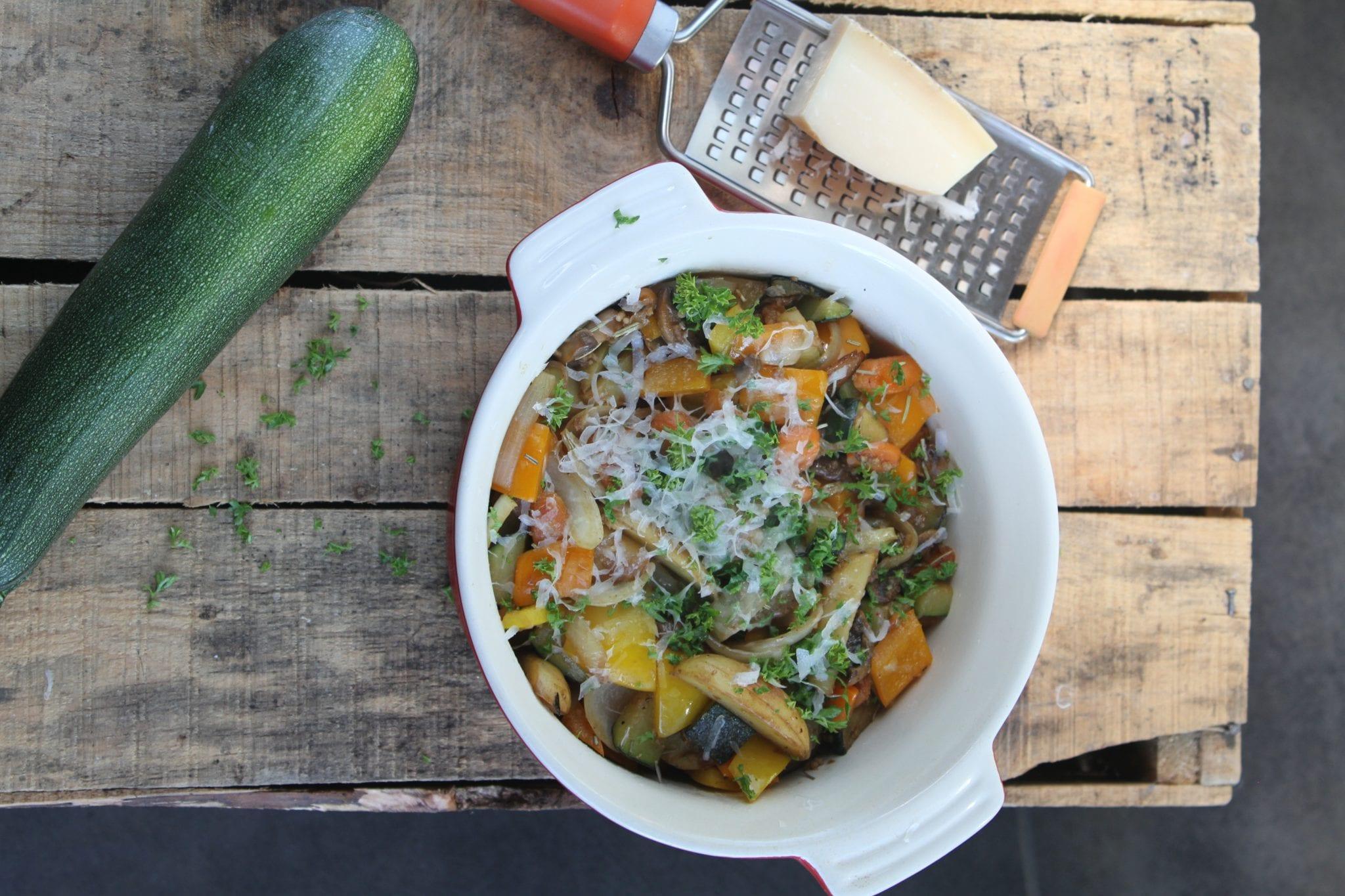 Spicy Grøntsagssalat - der mætter godt