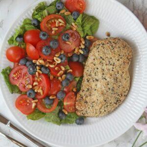 Bagt kylling med salat