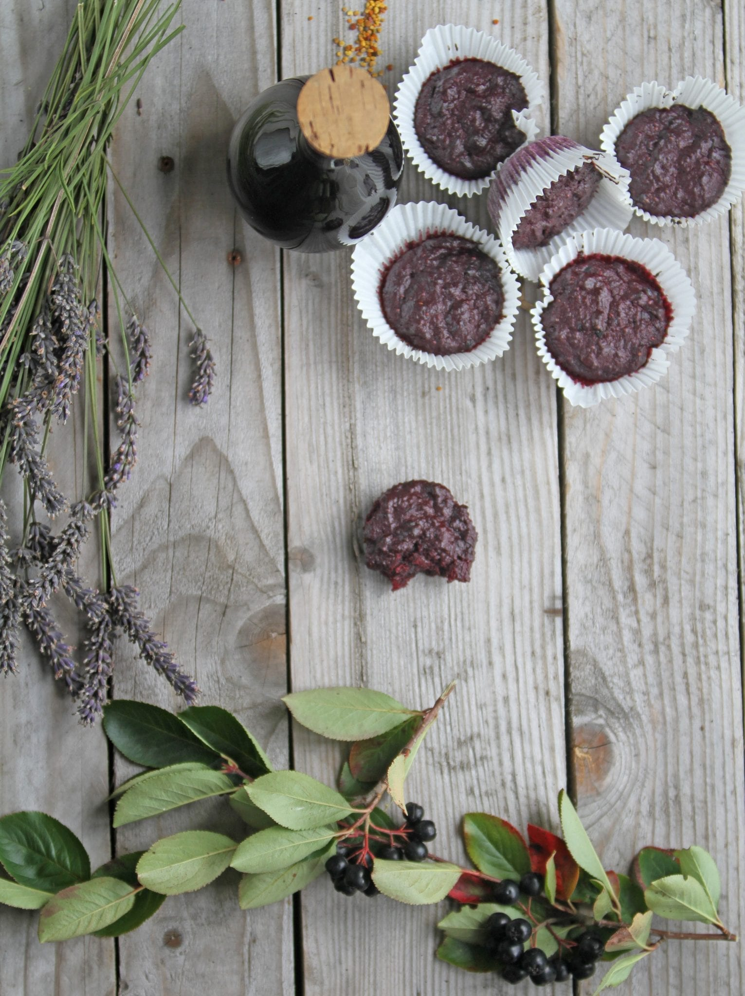 aroniamuffin Aronia muffins - lavet på resterne fra aronia sirup