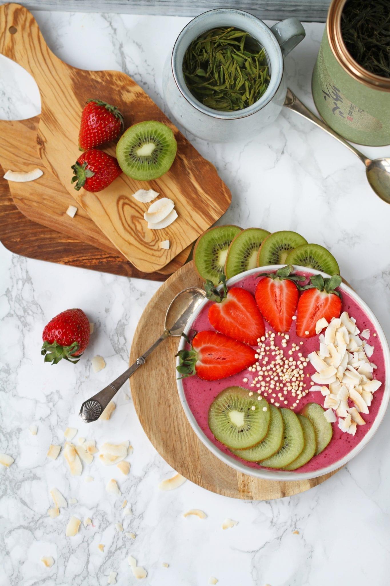 Bær smoothie bowl