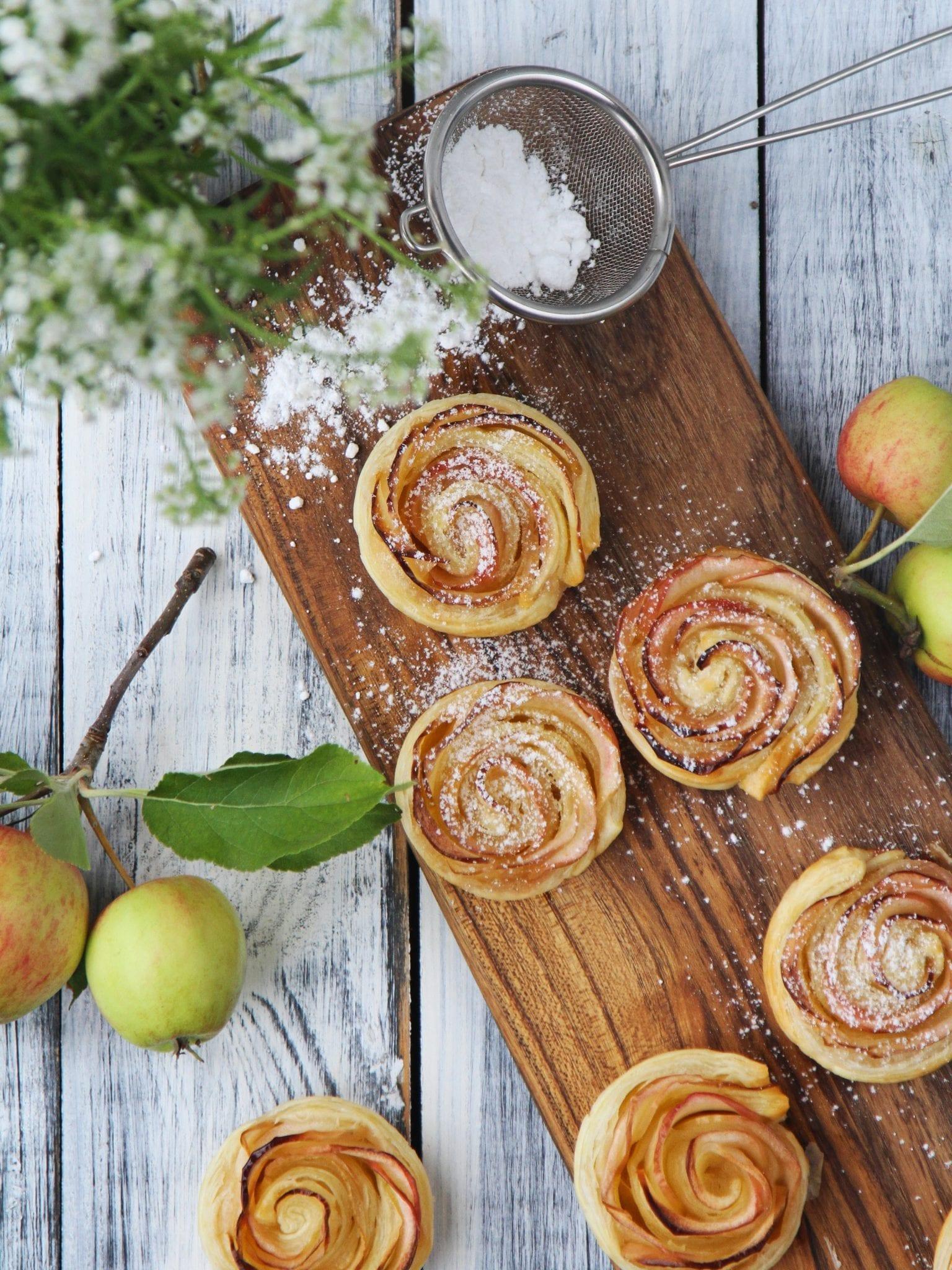 Æble roser - nemme og smukke kager