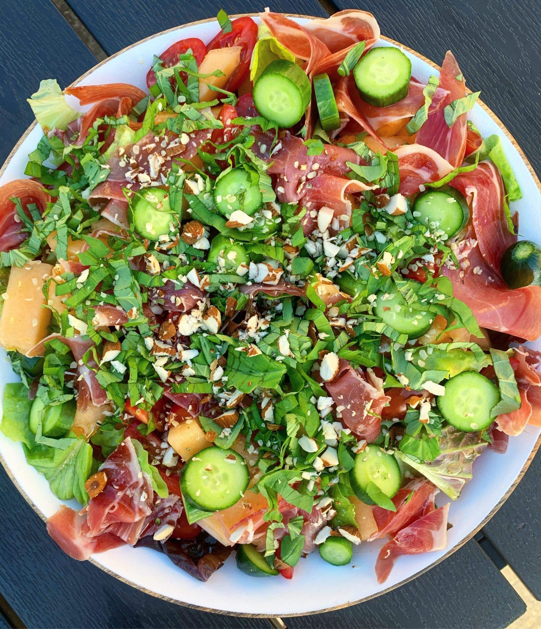 Den perfekte sommer salat